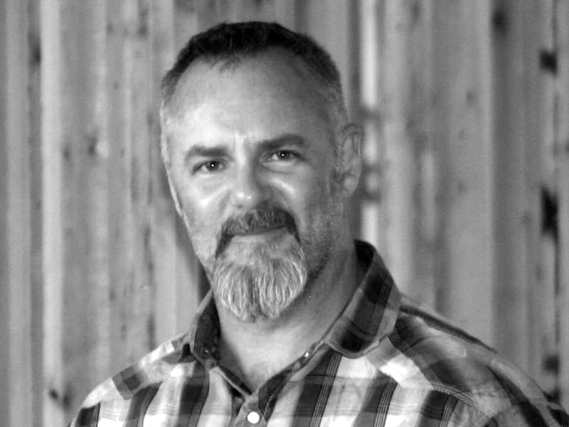 Patrick Knobbe Headshot