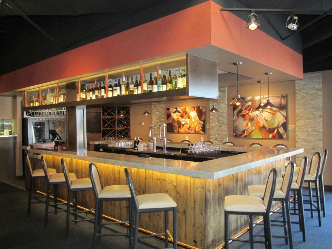 Brushi Bistro & Bar